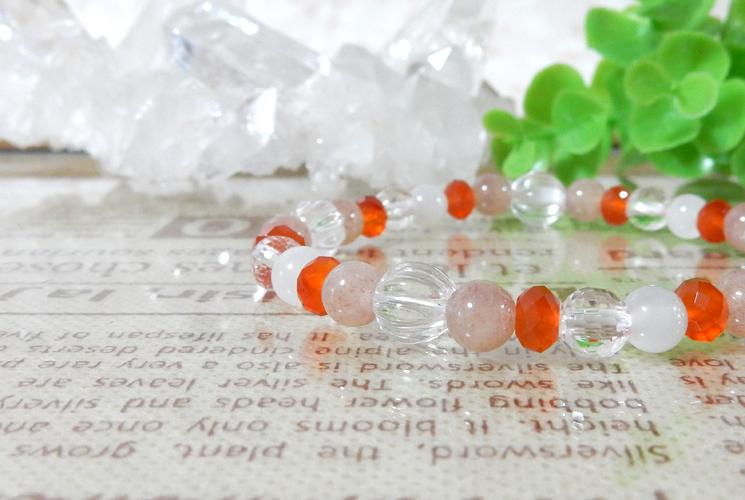 アフリカンレッドアベンチュリンとクォーツ(水晶)のブレスレット-0