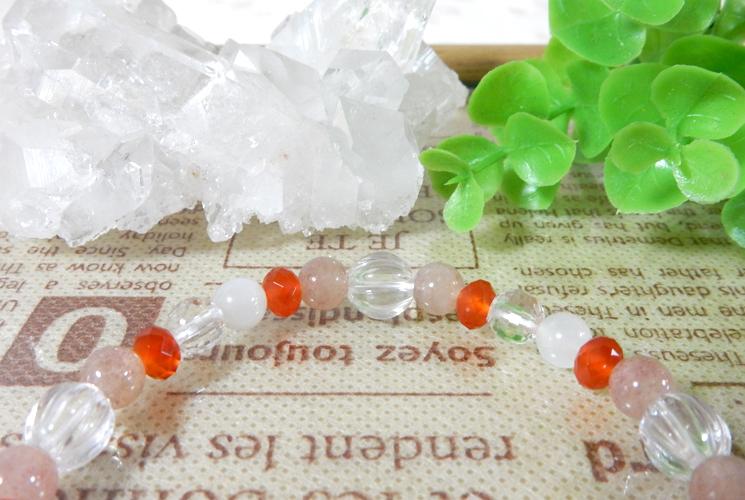 アフリカンレッドアベンチュリンとクォーツ(水晶)のブレスレット-1