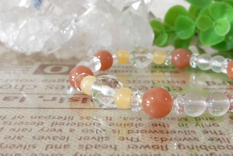 オレンジムーンストーンとアラゴナイトのブレスレット-0