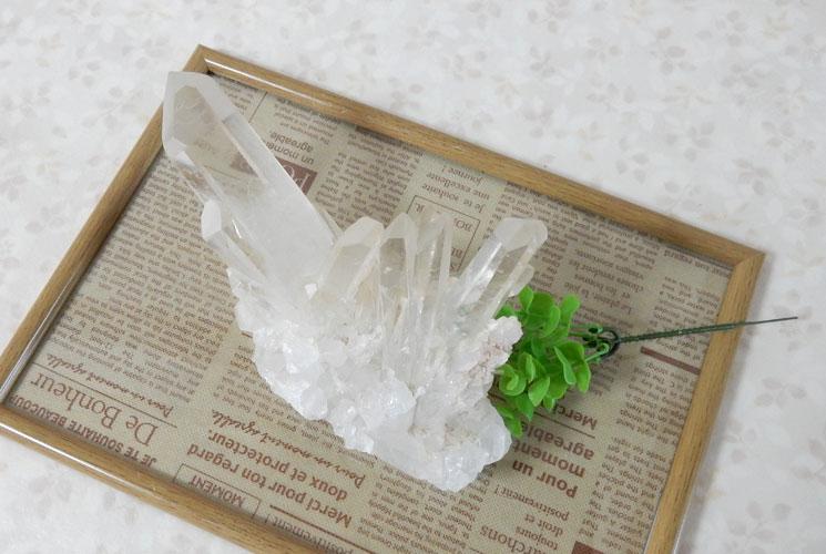 ブラジル産クォーツ(水晶) 原石-3