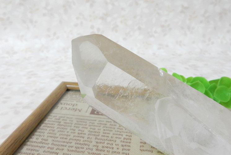 ブラジル産クォーツ(水晶) 原石-4