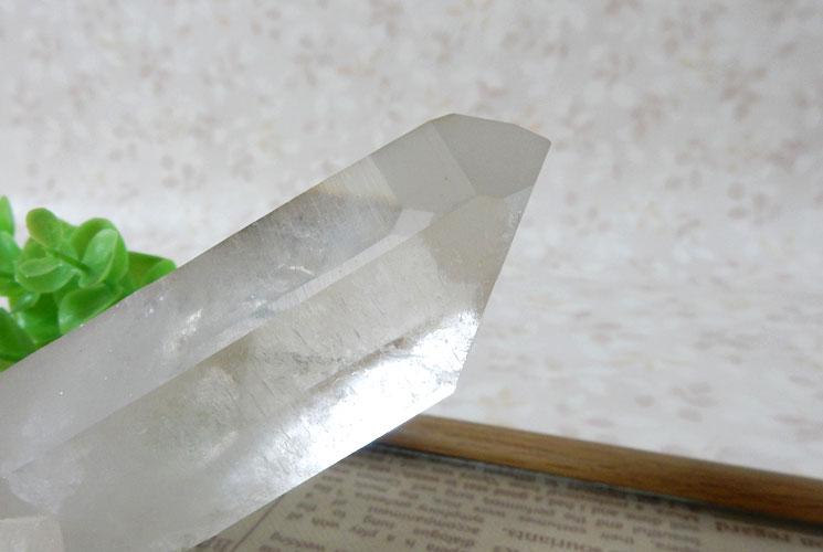 ブラジル産クォーツ(水晶) 原石-8