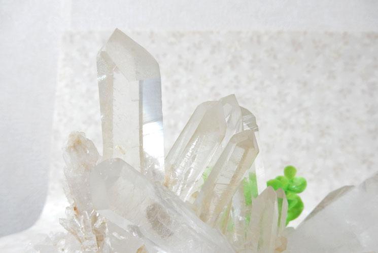 ブラジル産クォーツ(水晶) 原石-9