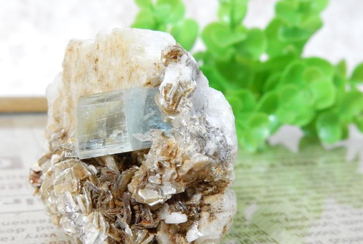 パキスタン産アクアマリン 原石(雲母共生)-3