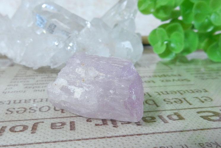 クンツァイト原石-1