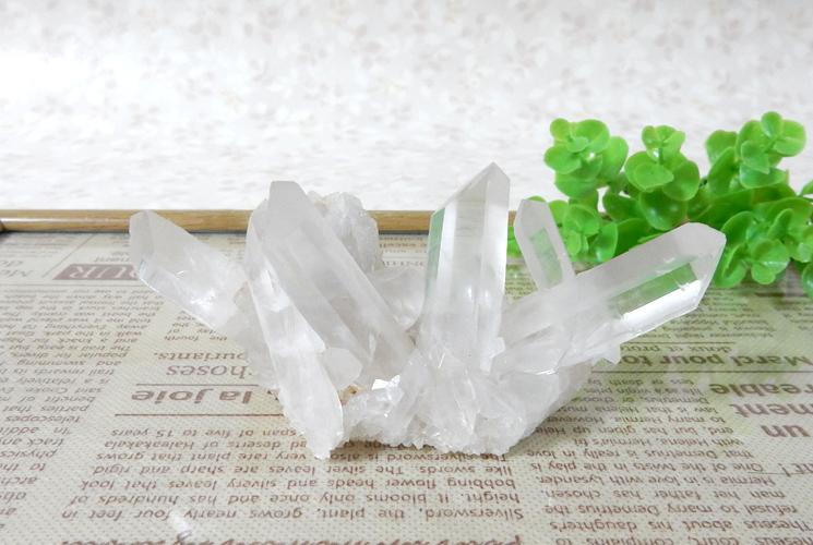 ヒマラヤ産クォーツ(水晶)のクラスター