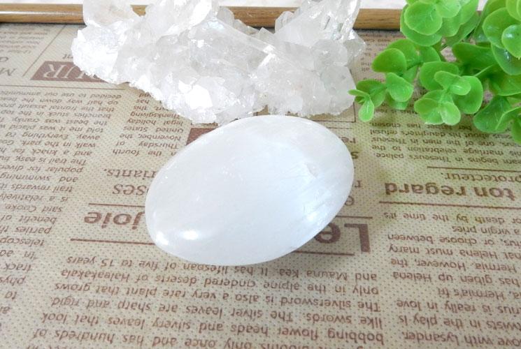 セレナイトの磨き石