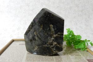ラブラドライトの磨き石(15-gs1123-04)