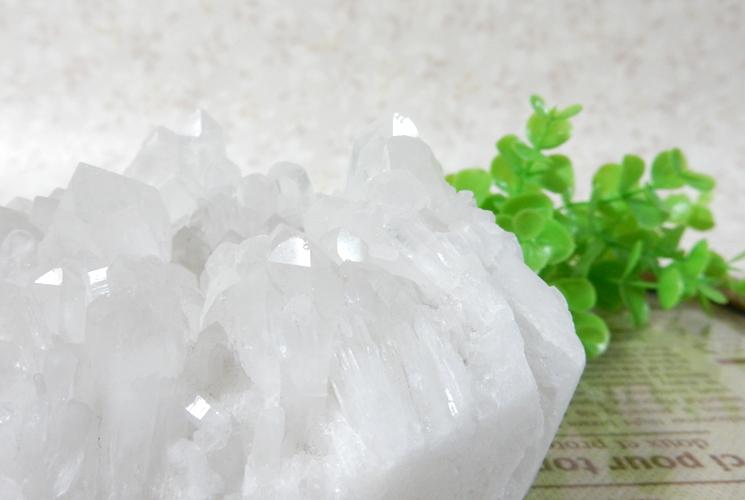 四川省産クォーツ(水晶)のクラスター-1