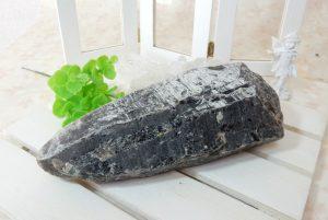 チベット産モリオン(黒水晶)のポイント(15-gs1210-02)