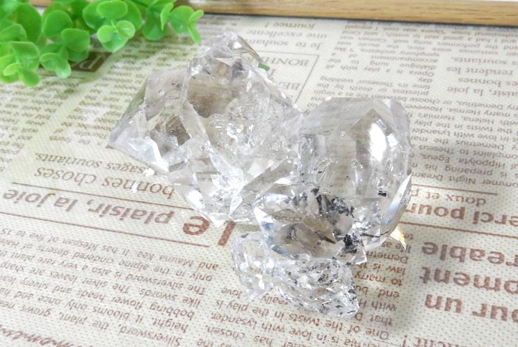 ニューヨーク産ハーキマーダイヤモンドの原石-2
