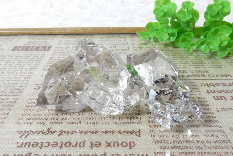 ニューヨーク産ハーキマーダイヤモンドの原石
