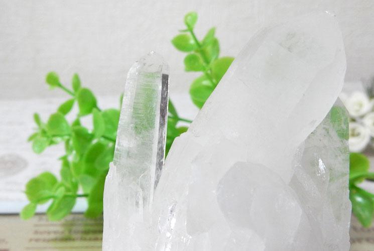 四川省産クォーツ(水晶) クラスター(台座付)-1