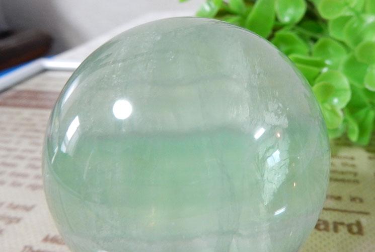 グリーンフローライト 丸玉-1