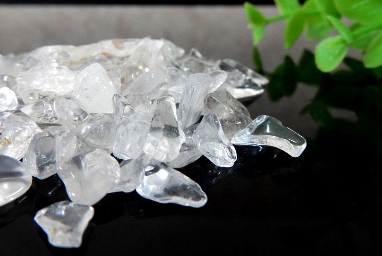 ヒマラヤ・マニカラン産水晶 さざれ石(200g)