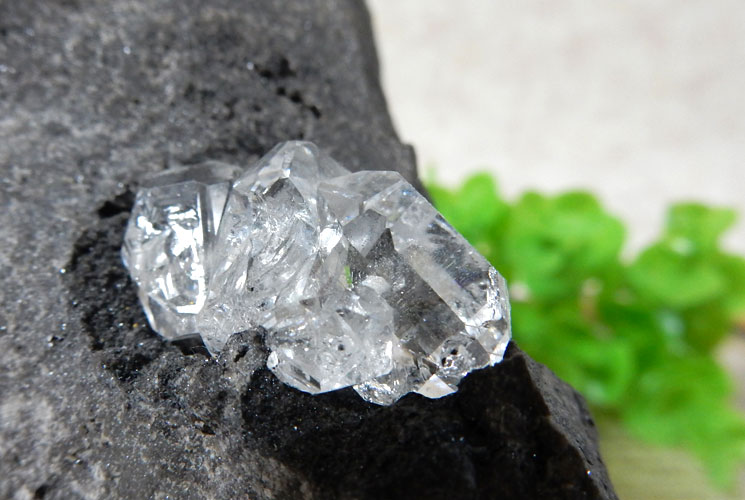 ニューヨーク産母岩付ハーキマーダイヤモンドの原石-1