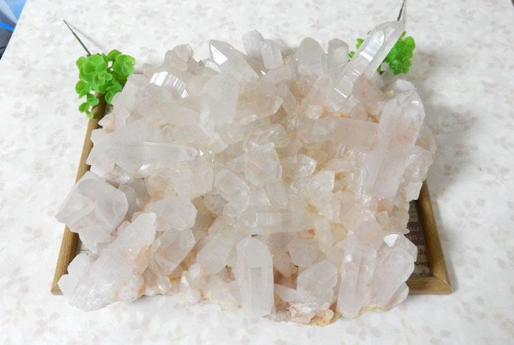 ヒマラヤ・マニカラン産水晶のビッグクラスター