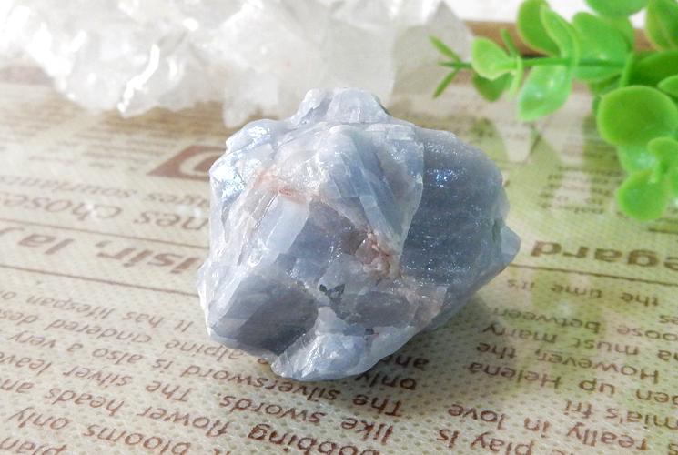 ピーチカルサイトとブルーカルサイトの原石セット-3