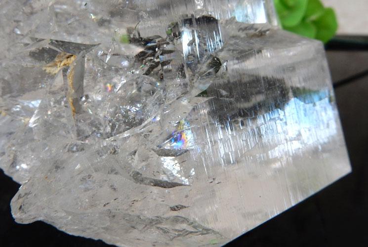 ヒマラヤ産レインボーエレスチャルクォーツの原石-3