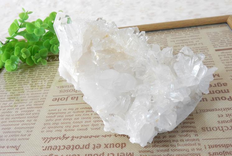 ヒマラヤ産の水晶クラスター-2
