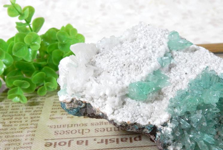 インド産グリーンアポフィライトの原石-5