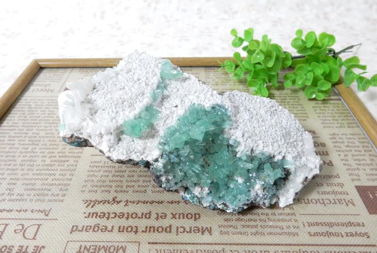 インド産グリーンアポフィライトの原石