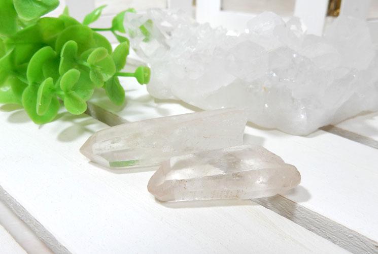 ヒマラヤ・マニカラン産水晶のポイント2本セット-0
