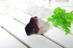 ピンクトルマリンの原石(水晶共生)(16-gs0730-01)
