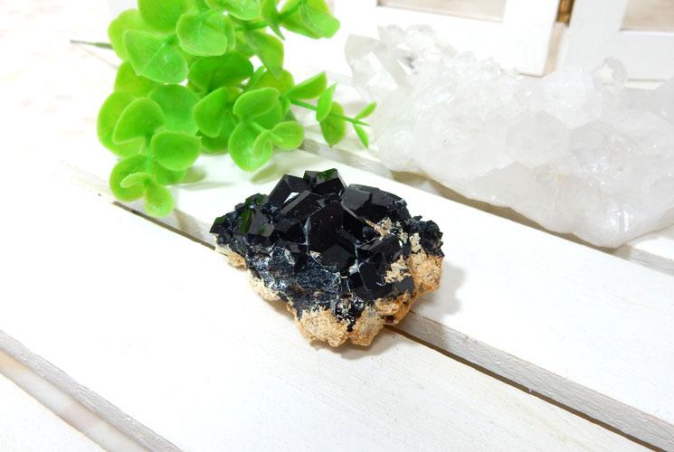 南アフリカ産ブラックトルマリンの原石-0
