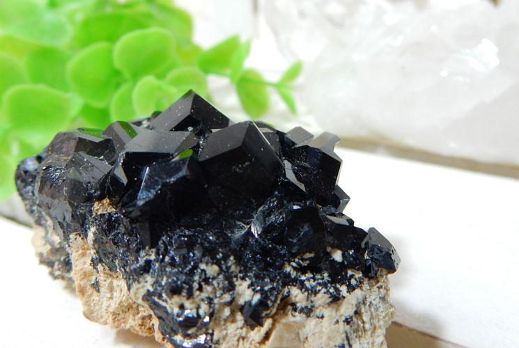 南アフリカ産ブラックトルマリンの原石-2