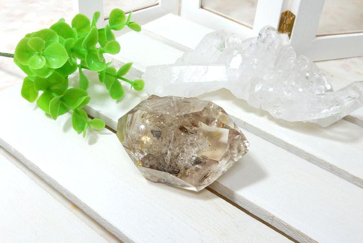 ハーキマーダイヤモンドの原石