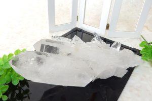 ブラジル産水晶のクラスター(16-gs1215-01)