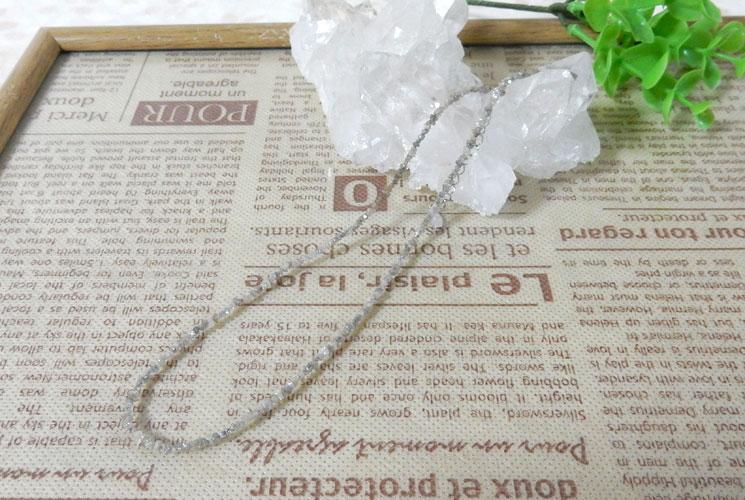グレーダイヤモンドのSV925さざれネックレス