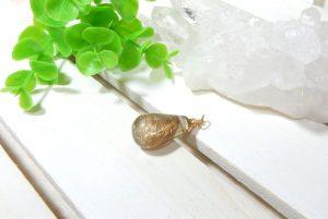 高品質ルチルクォーツのネックレス(16-nk0919-01)