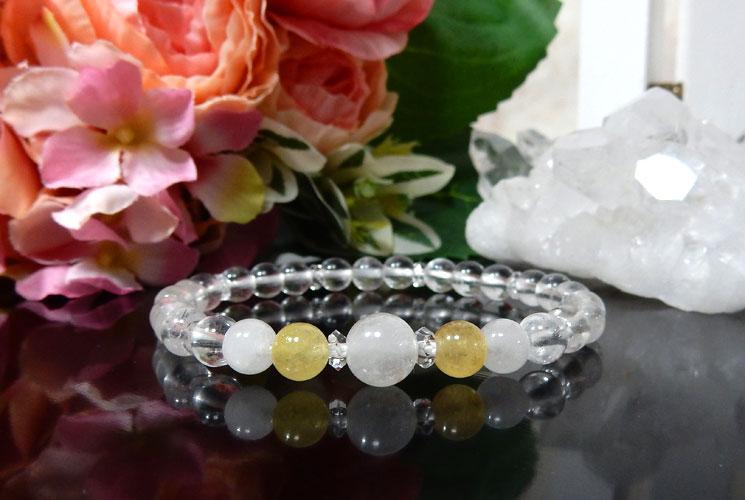 ヒマラヤ水晶とアゼツライトのブレスレット-2