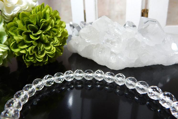 リビアンデザートグラスとクォーツ(水晶)のブレスレット-2