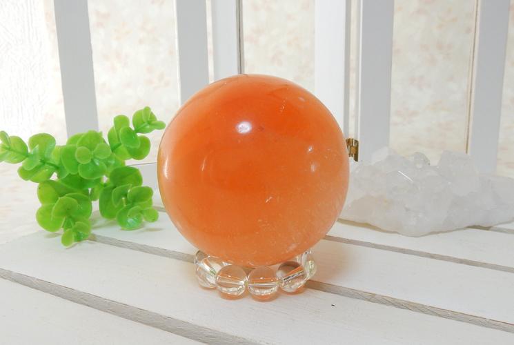 オレンジセレナイトの丸玉(スフィア)