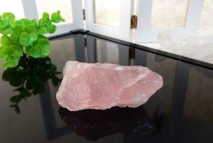 マダガスカル産ローズクォーツの原石(17-gs0101-18)