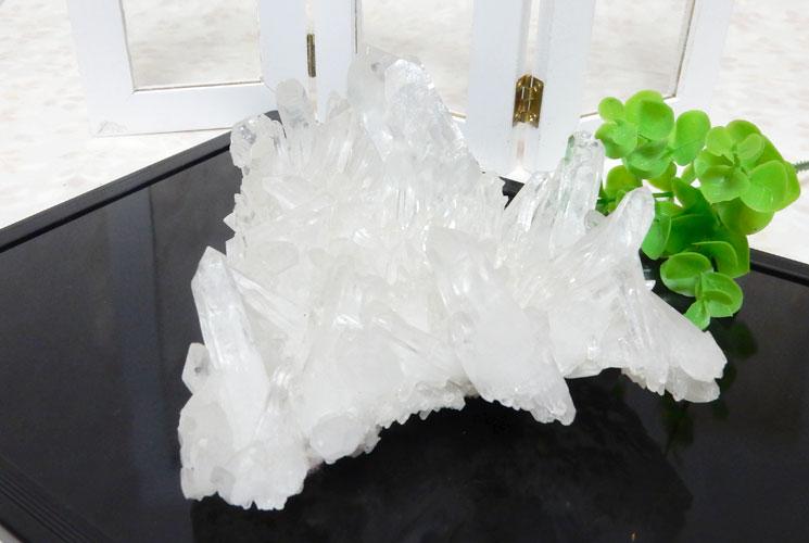 四川省産水晶のクラスター