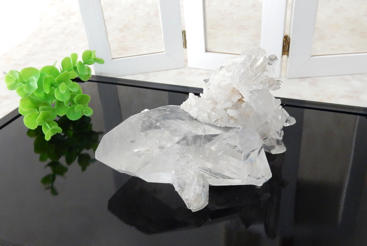 ブラジル産水晶のクラスター