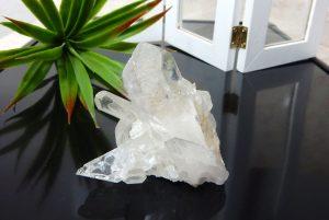 ヒマラヤ水晶のクラスター(17-gs0614-03)