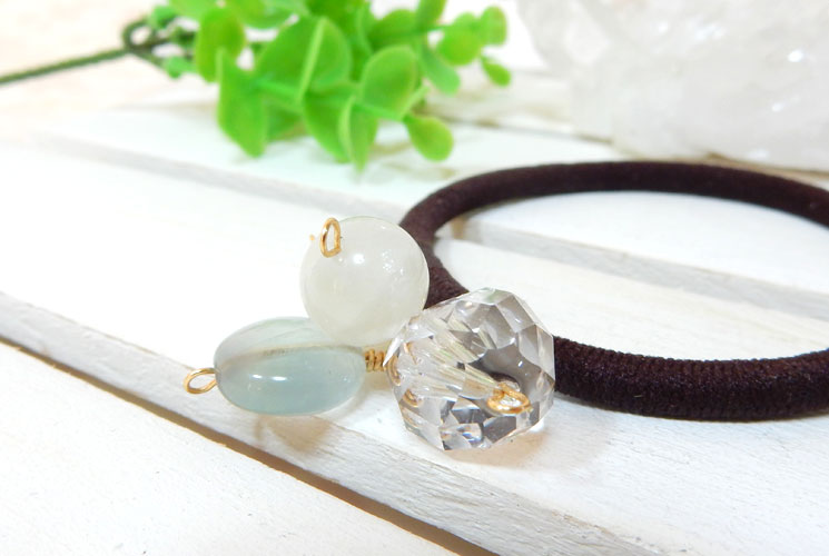 ブルームーンストーンとフローライトと水晶のヘアゴム-0
