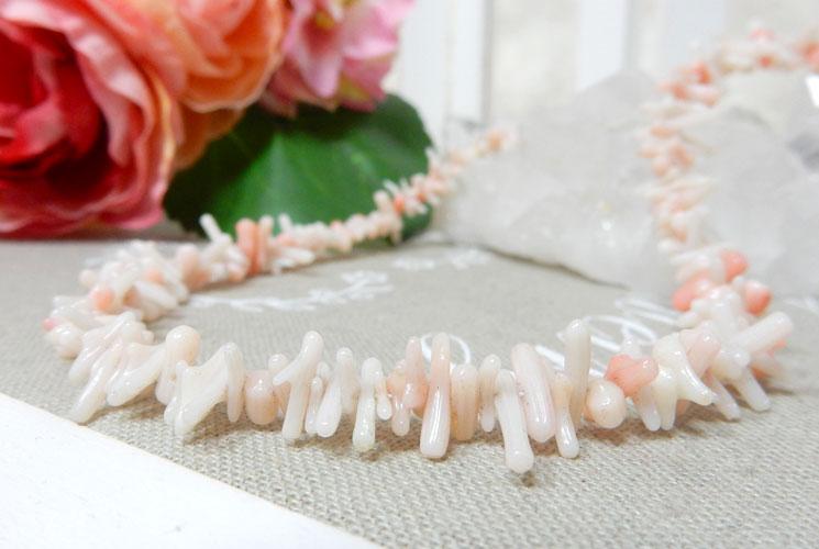 珊瑚のネックレス-0