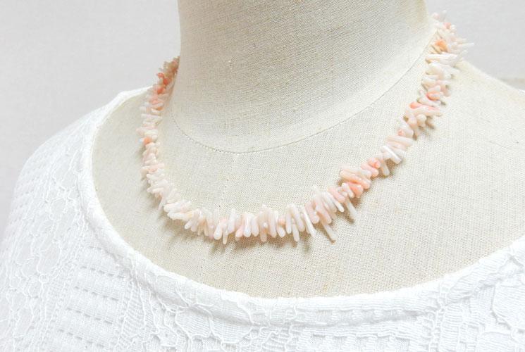 珊瑚のネックレス-2