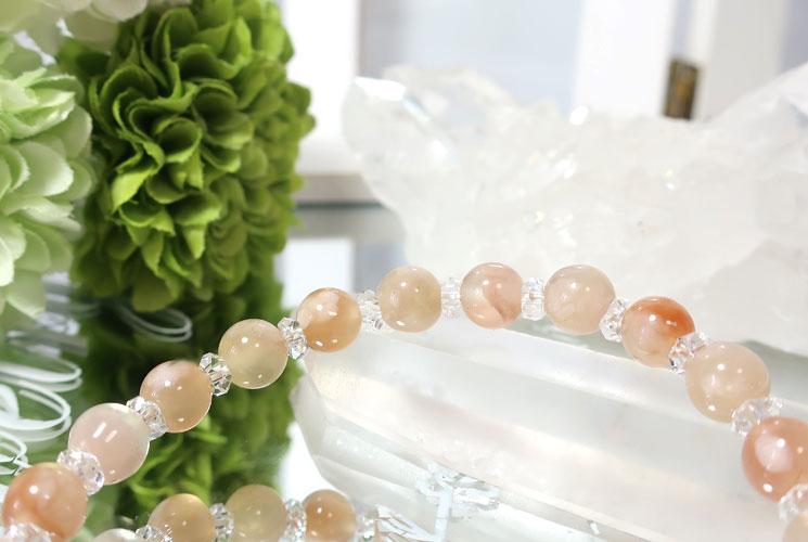桜めのうとクォーツ(水晶)のブレスレット-2