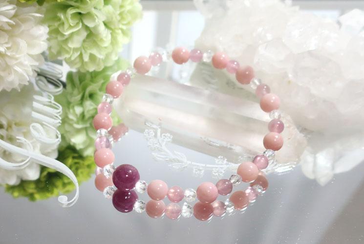 ピンクオパールとディープローズクォーツのブレスレット