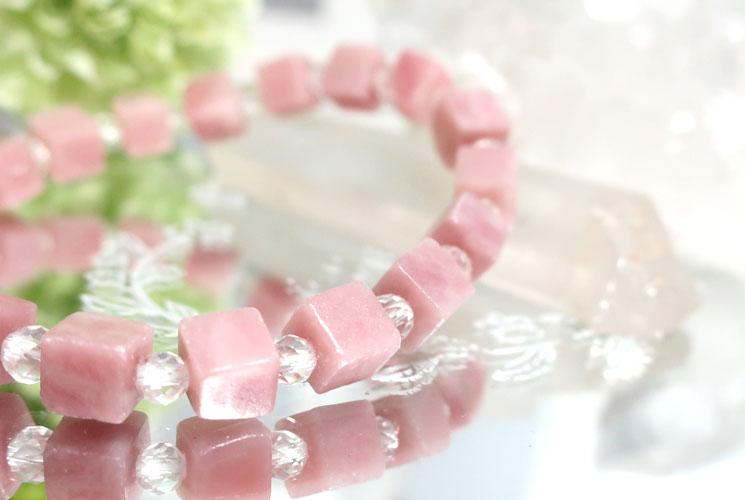 ピンクオパールとクォーツ(水晶)のブレスレット-2
