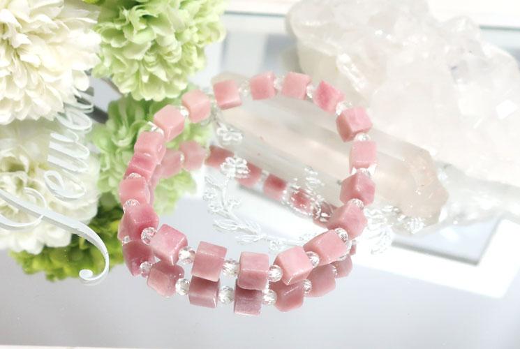 ピンクオパールとクォーツ(水晶)のブレスレット