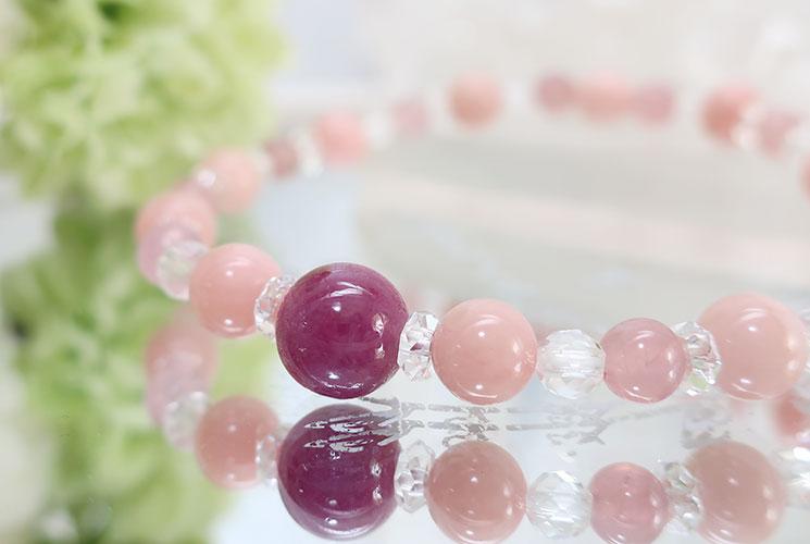 ピンクオパールとルビーのブレスレット-0