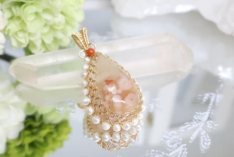 桜メノウと淡水パールの14KGFペンダント(珊瑚付)-0